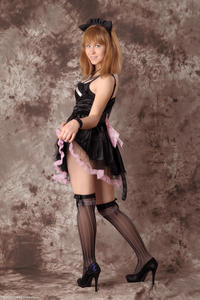 http://img201.imagevenue.com/loc37/th_232394901_Silver_Sandrinya_maid_3_012_122_37lo.jpg