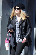 Dakota Fanning Leaving the Gym in New York 10/5/11