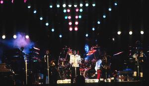 1984 VICTORY TOUR  Th_753819992_6883982912_bbfdd01260_b_122_589lo