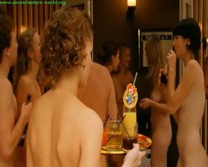 Sarah kim gries nude