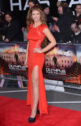 http://img201.imagevenue.com/loc94/th_376367486_AmyWillerton_olympus_has_fallen_uk_prem_033_122_94lo.jpg